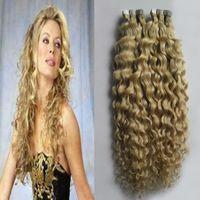 Klebeband in menschlichen Haarverlängerungen 100g versaute lockige Haut schuss blondes menschliches haar remy farbige haarverlängerungen 40 stücke