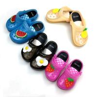 Led enfants trou chaussures été sandales PVC creuser la garçon fille respirant enfants houes belle
