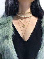 Frauen Mode Halsreifen Halskette Charme Perle Münze Mehrschichtige Anhänger Halsketten Vintage Punk Pullover Halskette Kette Schmuck Geschenk Zubehör