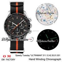 OMF Moon Speedy Dienstag 2 Ultraman Handaufzug Chronograph Herrenuhr mit schwarzem Zifferblatt Schwarz Orange Nato Armband Beste Auflage New Puretime 3