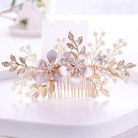 El Yapımı Çiçek Gelinler Düğün Saç Aksesuarları Altın Inci Saç Saç Süsler Için Combs Klipler Kız Kristal Kadınlar Takı