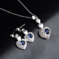 Le donne del cuore di zircon dei monili di argento sterling 925 placcato la collana di modo degli orecchini di cristallo blu Diamond Stud con Link regali di nozze a catena