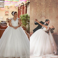 2020 Dit mhamad Sexy Backless 3D-Floral Appliques robe de balle robes de mariée robes de mariée arabe robe robe de mariage vestidos de novia
