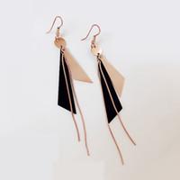 티타늄 강철 삼각형 술 매달려 귀걸이 빈티지 기하학적 인 긴 귀걸이 여성 파티 쇼 선물 도매 소매