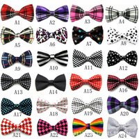 New Bowties Männer Krawatten der Männer Bow Ties Männer Krawatten Viele Art-Plaid-Tupfen-Bowtie-formale Partei-Hochzeit Personalisierte Krawatte XD22808
