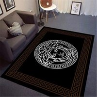 Benutzerdefinierte Größe Medusa Fashion Carpet Bed Side oder Sofa Side Black Mat Steigerung der Produktion New Rubber Carpet