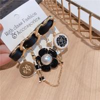 chaîne de mode luxe insigne élégant pompon broches design pin pendentif perle fleur de camélia pour les filles femme