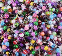 100pcs colore misto acrilico della linguetta dell'anello della vite prigioniera per le donne di colore della caramella Piercing orecchini penetranti dell'anello della linguetta dei monili del Barbell