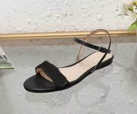 Designer Frauen Bunte Heels Sandalen Hochwertige T-Riemen Pumps mit 6 hohen Absätzen Damen Lackleder Kleid Einzelne Shoes35-42