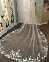 Nouvelle Arrivée 3m Long Veil Veil Dentelle Applique Blanc / Ivoire Mariage Voile Mariée Voile Cheveux de mariée avec peigne