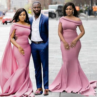 Africano Ragazze Dusty rosa una spalla della sirena Abiti da sposa con maniche ad aletta Plus Size Custom Made Abiti da damigella d'onore