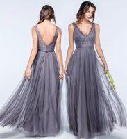 Plus Size Tüll Bridesmaids Kleider für den Sommer Hochzeiten A-Linie mit V-Ausschnitt Bohemian faltet Guest Kleider Spitze Abendkleider