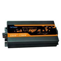 배터리 충전기 + UPS 기능 12V ~ 220V 600W 퓨즈 사인파 1200w 피크 주파수 변환기