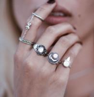 Punky retro del estilo de la gota del agua de la vendimia que talla el conjunto de joyería de la luna de Sun Charm Partido Bangs boda ópalo anillos de dedos conjuntas Mujeres Moda de 5 Piezas