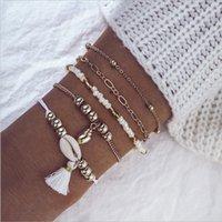 Moda Takı Bilezikler Set Halhal 5 Adet / takım Boncuk Zinciri Beyaz Halat Boncuk Strands Püskül ve Deniz Salyangoz Kabuk Charm Gold Kaplama