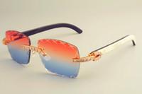 2019 محفورة الساخنة عدسة على شكل X T8300177-J النظارات الشمسية، أنيقة الماس كبير ظلة الزخرفية، وأبواق مختلطة الطبيعية مرآة الساقين النظارات الشمسية