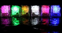 플래시 아이스 큐브 물 활성 플래시 라이트는 파티 음료 막대 크리스마스에 자동으로 물 음료 플래시 넣으십시오