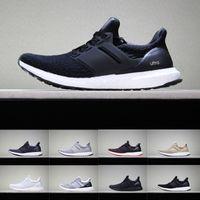 2019 Ultra Boot 3.0 4.0 Chaussures de course hommes femmes Chaussures de créateurs triples Noir et blanc CNY Baskets de sport Primeknit bleu