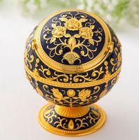 Creativa al por mayor globo de metal de la personalidad europea con tapa cenicero a enviar novio regalo de vacaciones decoración de la mesa de café