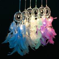 Handmade Feather Dream Catcher com LED Wall Light Hanging Decoração do ornamento Craft Crocheted Dreamcatcher Wind Chimes