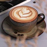 Copa de té elegante Europea set y platillo superior del grado de cerámica taza de café de té de la tarde taza de café Vasos Decoración
