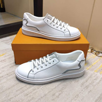 New men' s sports shoes leather printed breathable lace-...