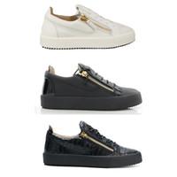 Мужчины Фрэнки Sneaker Дизайнер Женщины с низким верхом обуви Черный Белый Шнуровка Стиль с Золотой Молнии лакированной кожи телячьей кожи повседневная обувь Размер США 5-12