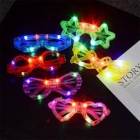 Мигающий светодиодный свет солнцезащитные очки Пластиковые Круглые звезды Сердце Бабочка паук дизайн Детские игрушки глаз стекла партии очки Рождество Новый год 1 45ys E1