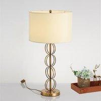 Современный металлический фарбичный оттенок тумбочка настольная лампа минималистский золотое кольцо гостиная офисная спальня стола света тумбочка