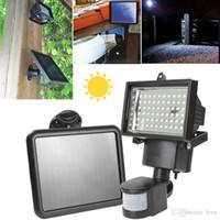 Painel de Energia Solar 60 Luz de inundação Garden PIR Motion Sensor exterior Quintal Paisagem LED Projector de Segurança de Emergência Lâmpada de parede