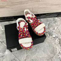 Lusso nuovo cavo Muli Sandali donna tacco grosso piatto pantofole, Multicolore marchio open toe di moda all'aperto cuneo sandali casuali femminili