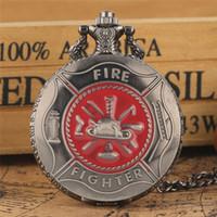 Gri Kırmızı İtfaiyeci sembolü Oyma Cebi Steampunk İtfaiyeci Kapak Kuvars Saatler İtfaiyeci Kolye Kolye Zinciri