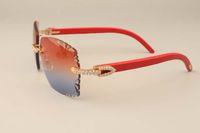 2019 yeni fabrika doğrudan lüks moda elmas güneş gözlüğü 3524014 doğal kırmızı ahşap güneş gözlüğü gravür mercek özel özel altın / gümüş