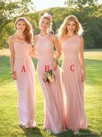 2019 Nuevo Blush Pink Chiffon barato Vestidos de dama de honor Halter Cuello Longitud del piso Plisados Dama de baile Vestidos por encargo vestidos de noviaprom