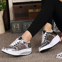 Frauen Fashion Sneakers Damen Wedges Sneaker Trendy glänzendes Pailletten-Plattform Sport-Schuh-Mädchen Outdoor Laufen schnüren sich oben Turnschuhe