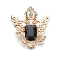 Real de disparo 4 cores Luxurious Asas da coroa cristal Rhinestone Broches para mulheres banhado a ouro metal Pin b82