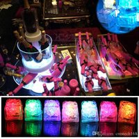Crestech 아이스 큐브 LED 조명 Polychrome 플래시 얼음 액체 센서 빛나는 아이스 큐브 잠수정 조명 장식 빛 위로 바 클럽 웨딩 파티