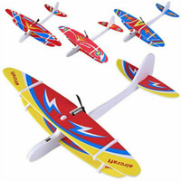 Niños Educación Temprana de la goma Powered plano del planeador de los aviones Ensamble juguete volador plano de color al azar miniaturas de plástico de fantasía