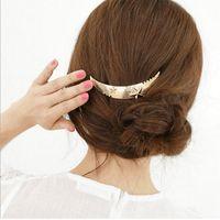 Fashion Design Mond-Form Hairpin mit Pentagramm Legierung Gold-und versilberte für Geschenk Frauen Haarclip