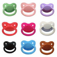 2018 Good Custom Big Size Silicone Adult Pacifier