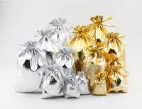 Nuevos 4 tamaños Moda Oro Plateado Gasa Satén Bolsos de joyería Bolsas de regalo de Navidad Bolsas 5x7cm 7X9cm 9x12cm 13x18cm