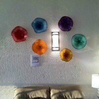 Buona QUATIY Lampade astratte Design italiano Design Murano Vetro Flower Light per la casa Decor Colorato Piatti d'appendere a parete Art
