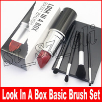 M Makeup Look in A Box Brush Brush with Big Lipstick Shape Holder Makeup set 4pcs / set