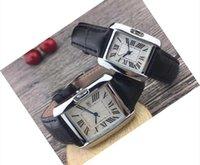Großhandel preiswerter Preis der Männer Paar Luxus Frauen Männer Uhren-Liebhaber Lederband Goldquarz Klassische Armbanduhr beste Valentinstag Geschenk