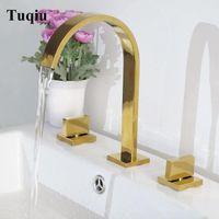 Rubinetto del bacino del bicromato di potassio / oro / nero Deck Mounted ottone Piazza rubinetto del bagno lavandino doppio 3 fori maniglia acqua calda e fredda del rubinetto