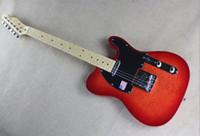 عالية الجودة مصنع مخصص TL الغيتار الكهربائي، مخيط أحمر كوي القيقب أعلى، وبيك اب الأسود، وحرية الملاحة.