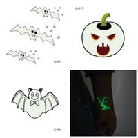 Protección del medio ambiente Etiqueta engomada del tatuaje Fiesta de Halloween Funny Night Glow Stickers Prop Vendido bien Niños Decoración Varios estilos 0 5jmH1