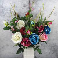 Artificial franela flor de Rose 3 Jefes falsificación flor con hojas 6Colors Organizar la tabla del boda del rosa del partido de la decoración florece el accesorio Flores