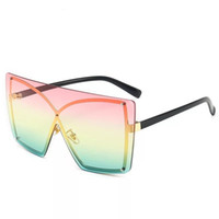 2020 New Fashion Anomaly Rimless Design Sunglasses With Butt...