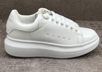 2019 مصمم المرأة عارضة أحذية بيضاء صغيرة ماركة الرجال النساء منخفضة قطع جلد طبيعي الترفيه الأحذية الرياضية fmale ذكر zapatos أحذية رياضية 35-44